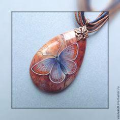 """Кулон """"Бабочка""""- роспись по камню - кулон,роспись по камню,лаковая миниатюра"""