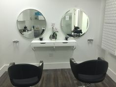 Stop by and see why @boutiquesalonflats is a great place for you to start your new business - 2 weeks free - #sandysprings #salonsuite #bumbleandbumble