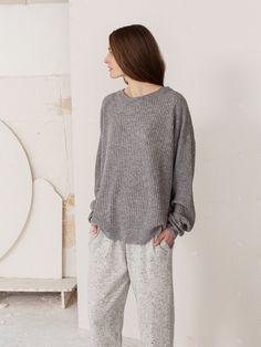 9.arela_aw15_kari_cashmere_sweater_inari_grey_kaoru_cashmere_sweatpants_oymyakon_grey_web