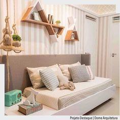 Adoramos a forma como a cabeceira integrou a cama com mesa lateral. Destaque também para a composição de papéis de parede em tons de bege. Por Dome Arquitetura. Ad http://ift.tt/1U7uuvq arqdecoracao arqdecoracao @arquiteturadecoracao @acstudio.arquitetura  #arquiteturadecoracao #olioliteam #interiores #design #home #world #perfect #photooftheday #instago #decoracao #construcao #instadecor #architecture #instamood #arquiteta #love #decor #arquitetura #instadaily #homestyle #beautiful #top…