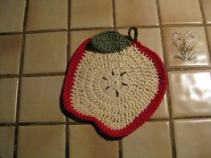 Ravelry: Apple Dishcloth (crochet) pattern by Lily Sugar'n Cream and Bernat Design Studio