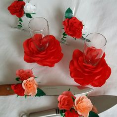 Wedding toasting glasses and cake serving set - paper flowers
