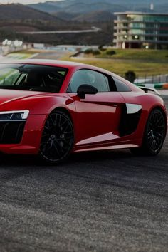 Audi - A the Plus makes 610 hp [Red - Luxury - Speed - Photography] Audi Sports Car, Cool Sports Cars, Audi Cars, Sport Cars, Cool Cars, Audi R8 V10 Plus, Gt Cars, Sexy Cars, Amazing Cars