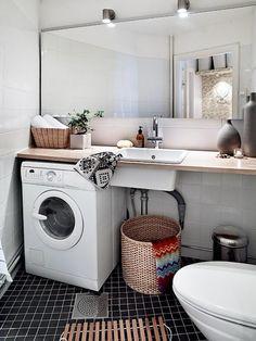 multifunctional bathroom with washing machine