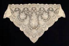 cda2bf8371a4 13 Best Spanish shawl images