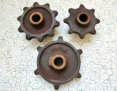 Antique Rustic Lot Of 3 Metal JD Industrial Machine Age Gears Garden/Yard Art!