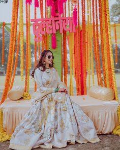 13 Cheerful & Striking Decor Setups For Your Mehndi Ceremony Wedding Looks, Wedding Wear, Bridal Looks, Mehendi Decor Ideas, Mehndi Decor, Wedding Trends, Wedding Designs, Wedding Styles, Bridal Make Up
