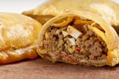 If You Love Empanada's You Have To Try This Amazing & Incredible Flavorful Version Made With Pork Chili! Empanadas are an easy and incredible meal to make probably because you can The Chew Recipes, Mexican Food Recipes, Beef Recipes, Cooking Recipes, Ethnic Recipes, Recipes From Spain, Spanish Recipes, African Recipes, Spanish Food