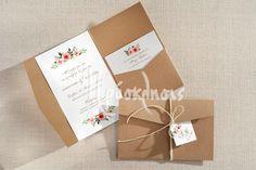 Προσκλητήρια γάμου με αρωματικά χαρτιά και ιδιαίτερες υφές! #prosklitiria #gamos #proskliseis #prosklisis #wedding #invitations #kraft