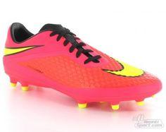 Foto van Roze Voetbalschoenen
