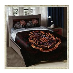 "This is sooo cool!! -- Hogwarts Crest Twin/Full Size Comforter Bedding Set  ""Harry Potter Facebook fans, you'll get a great night's sleep under this comforter set featuring the Hogwarts crest! This item is currently hidden in HarryPotterShop.com, except for the link from Facebook. Preorder today and you'll also receive Free Shipping!"""