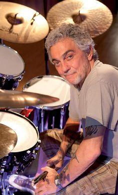 Drummerworld Page for Steve Gadd Drum Sheet Music, Drums Sheet, Tony Levin, Chuck Mangione, Steve Gadd, George Young, Studio Musicians, Idol, Les Paul Custom