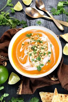 3 cups broth and squash, more chili paste, less butter, add garam masala, Thai Coconut Curry Butternut Squash Soup - Host The Toast Healthy Recipes, Real Food Recipes, Asian Recipes, Soup Recipes, Vegetarian Recipes, Cooking Recipes, Vegan Soups, Vegan Meals, Yummy Food
