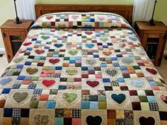 Trapunta Hearts and Nine Patch - squisita realizzata con cura trapunte Amish di Lancas . - Quilts - Trapunta Hearts and Nine Patch - squisita realizzata con cura trapunte Amish di Lancas . Colchas Country, Country Quilts, Amische Quilts, Applique Quilts, Patchwork Quilting, Hexagon Patchwork, Hand Quilting, Nine Patch Quilt, Quilting Projects