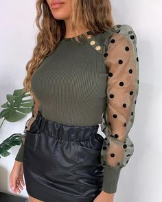 chicme / Dot Sheer Mesh Blusa com mangas bufantes Cool Outfits, Casual Outfits, Fashion Outfits, Womens Fashion, Moda Casual, Refashion, Clothes For Sale, Patchwork Material, Ideias Fashion