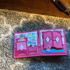 Doll house quiet book - Quiet Book for boy - Personalized kids toys - Travel baby - Montessori toys - toddler quiet book Activities For Girls, Book Activities, Homemade Dollhouse, Baby's First Books, Baby Fabric, Felt Quiet Books, Books For Boys, Toddler Books, Montessori Toys