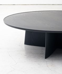 LOTUS LOW TABLE TIME & STYLE