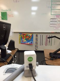 How Teacher Jenny uses IS-01 Interactive Whiteboard System in the classroom http://www.ipevo.com/is-01