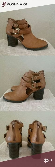 Soda brown cutout ankle boots buckle 10 heeled Soda briwn boots, ankle cutout booties, back zip, 3 1/2 in heel height, preowned, size 10, Soda Shoes Ankle Boots & Booties
