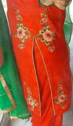 Salwar Suit Neck Designs, Kurta Neck Design, Neck Designs For Suits, Dress Neck Designs, Kurta Designs Women, Embroidery Suits Punjabi, Embroidery On Kurtis, Embroidery Suits Design, Flower Embroidery Designs