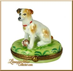 Beagle Terrier Hound Dog Limoges box by Beauchamp Limoges www.LimogesBoxCollector.com