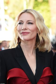 Cate Blanchett steals the show with black tuxedo gown at Cannes Cate Blanchett Hot, Melbourne, Female Directors, Alexander Mcqueen Dresses, Hottest Female Celebrities, Looking Dapper, Black Tuxedo, Beautiful Wife, Celebrity Beauty