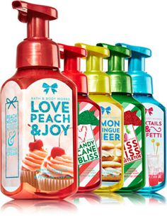Be Merry Be Bright Gentle Foaming Hand Soap Bundle - Bath & Body Works   - Bath & Body Works