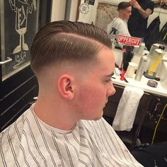 barber cape Bald Fade, Cardiff, Short Hair Cuts, Short Hair Styles, Aaron Rogers, Shaved Head, Men's Haircuts, Chair, Instagram