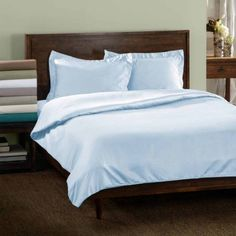 Superior 600 Thread Count Wrinkle Resistant Cotton Blend Solid Duvet Cover Set with Sham, Green