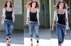 best tops to wear with boyfriend jeans - Google Search
