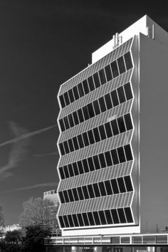 University of Manchester Renold Building W.A. Gibbon, 1962 Photographed by studio zero
