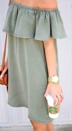 summer outfits Perfect Off The Shoulder Dress!