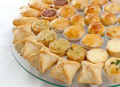Salgados assados Tapas, Brazillian Food, Portuguese Recipes, Appetizer Recipes, Good Food, Brunch, Food And Drink, Cooking Recipes, Favorite Recipes