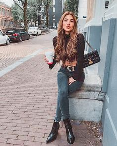 Negin Mirsalehi: Fall like look yesterday. Denim Fashion, Look Fashion, Autumn Fashion, Fashion Outfits, Fashion Trends, Womens Fashion, Classy Fashion, Fashion Vintage, Fasion