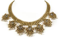 Gold necklace with precious stones, India, Andrah Pradesh, late 19th century