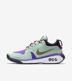 """Zobacz i kup Nike ACG Dog Mountain """"Emerald Rise & Black"""". Otrzymuj informacje o premierach najnowszych modeli butów szybciej niż inni."""