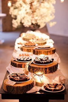 Rustic Table Décor with Wood – spotted on Pinterest