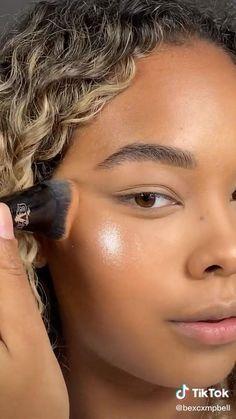Natural Glam Makeup, Natural Everyday Makeup, Natural Makeup For Blondes, Brown Skin Makeup, Smokey Eye Makeup, Contouring Brown Skin, Maquillaje Glowy, Fire Makeup, Everyday Makeup Tutorials