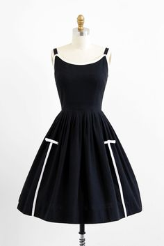 1950's/'60s Black and White Cotton Bows Dress
