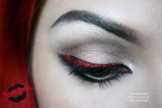 """""""Red Star"""". For this look I used: Iced Citrus,Latte, Steal the Night, and Red Glitter with """"Stay!"""" glitter fix."""
