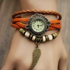 Relógio Vintage com pingente de Asa - Maria Frescurite