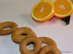 Μια πανεύκολη συνταγή για πολύ νόστιμα και νηστίσιμα κουλουράκια πορτοκαλιού , το μόνο που πρέπει να προσέξετε είναι ότι μια δόση δεν θα σας φτάσει….. Την πρώτη φορά που τα έφτιαξα, δεν τα β…