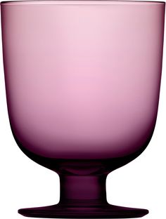 Lempi is the universal drinking glass, designed by the celebrated Swedish designer Matti Klenell. Clean Design, Modern Design, Drinking Glass, Nordic Design, Vintage Love, Glass Design, Scandinavian Design, Pantone, Tea Pots