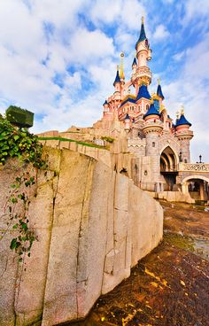 Tips for photographing the fairest Disney Castle of them all!