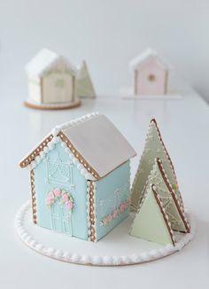 Casas de galleta y glasé real. Galletas decoradas. Casitas. Cookies. Royal icing. Glasé real- Rosa María Escribano
