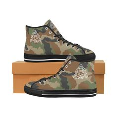 Celtic Camo Men's High Tops Mens Canvas Shoes, Camo Men, Mens High Tops, Celtic Knot, Daily Wear, Converse Chuck Taylor, Camouflage, Trainers, High Top Sneakers