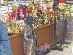Tienda de las más completas en cuanto a mercancía china de todo tipo.