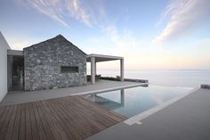 The endless of the sea view and the enormity of the open horizon...Overwhelming! Villa Melana is a project by Studio 2 Pi Architect + 02 Architecture & Mech. Engineering #pool