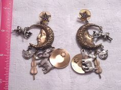 """VINTAGE SIGNED KIRK'S FOLLY RARE """"THE COW JUMPED OVER THE MOON"""" PIERCED EARRINGS"""