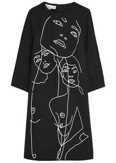 Stella McCartney black crepe dress Embroidered faces, raglan sleeves, two side slit pockets, partially lined & Concealed zip fastening through back rayon, acetate; Fashion Mode, Diy Fashion, Fashion Outfits, Womens Fashion, Fashion Design, Fashion Hacks, Fashion Tips, Stella Mccartney, Diy Mode